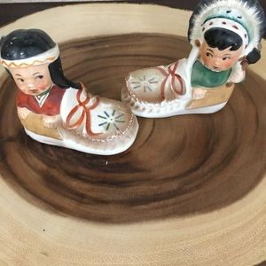Other - VINTAGE INDIANS IN MOCCASINS S&P SHAKERS